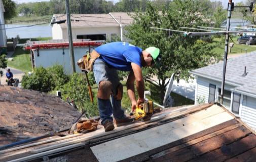Roofing-contrctors-gross-ille-michigan-2